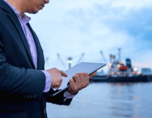 independent freight forwarder vs multinational forwarder